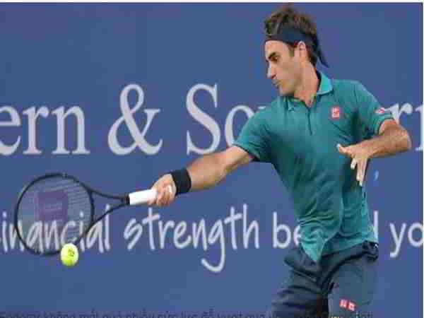 Federer ra quân thắng lợi, Djokovic vào vòng ba Cincinnati Masters