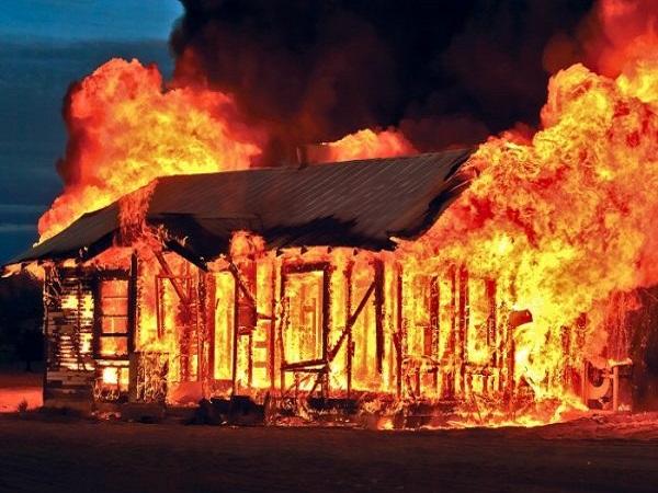 Mơ thấy cháy nhà hên hay xui, đánh lô đề con gì?
