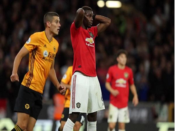 Mourinho và vết xe đổ, Pogba thất bại cú 11m