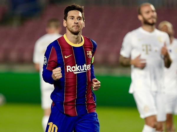 Cầu thủ bóng đá tiếng Anh là gì? Một số thuật ngữ bóng đá phổ biến